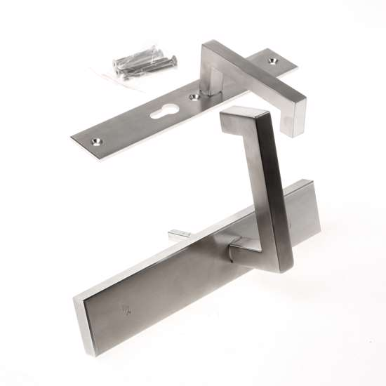 Afbeelding van Veiligheidskrukgarnituur, roestvaststaal rechthoekig, deurkruk Leira, Blind/PC55 , met verstelbare kerntrek, SKG***