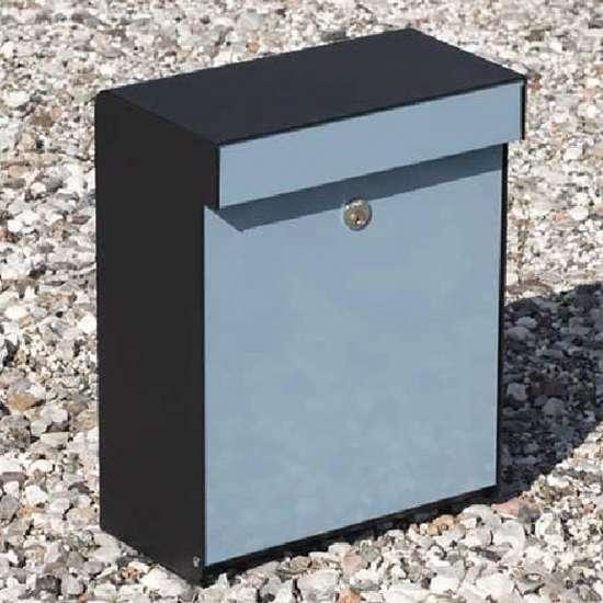 Afbeelding van Brievenbus Allux Grundform zwart/lichtblauw, modern design, ruime brievenbus. Verkrijgbaar in 7 uitvoeringen.
