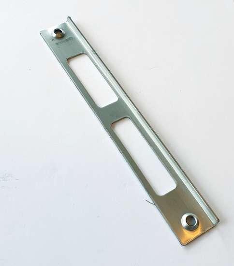 Afbeelding van Theuma sluitplaat /schootplaat, rechts, roestvaststaal, voor Monoplus opdekkozijnen, tbv woningbouwslot
